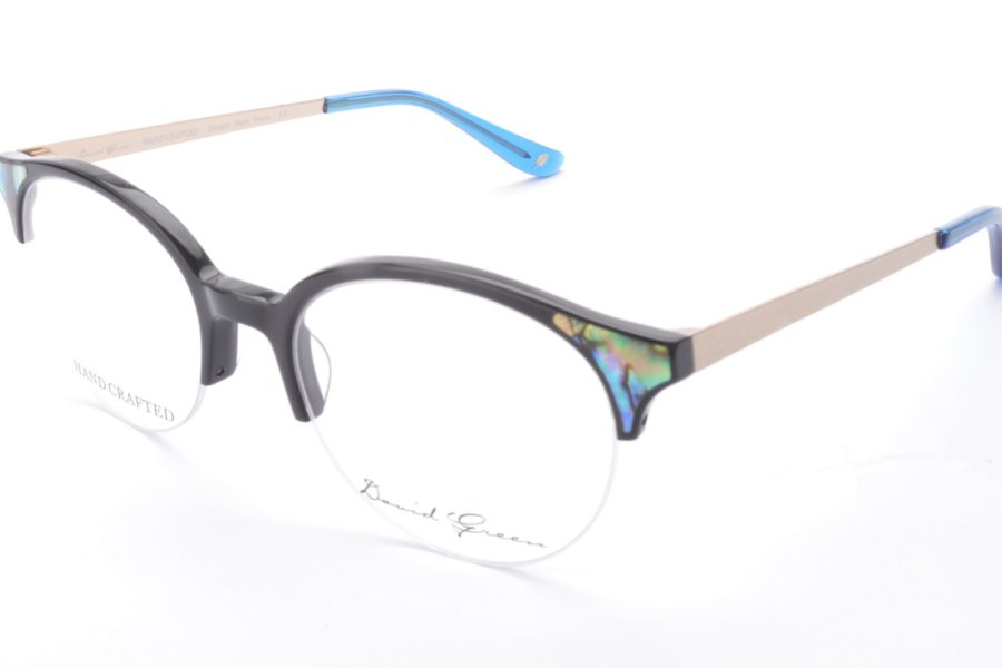 Parity 50-19-140 Real mother of pearl set into natural cotton based acetate